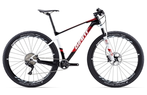 Giant XTC Advanced 29er <BR> - 2017 29&quot; Carbon MTB TILBUD
